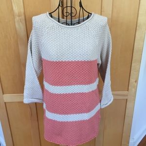 Cute orange and cream colored all seasons SWEATER